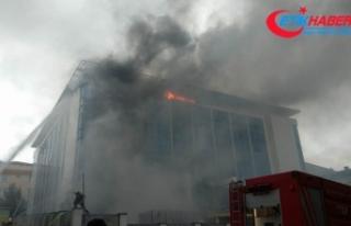 Sultangazi'de huzurevinde çıkan yangın kontrol...