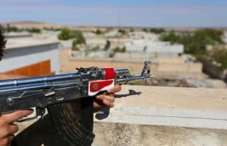 Terör örgütü YPG/PKK işgal ettiği Rakka'da...