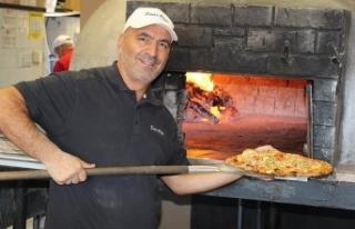 Tuncelili ünlü pizzacıdan Toronto'daki evsizlere...