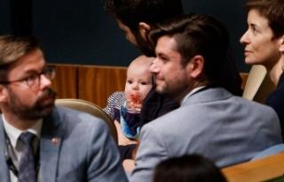 Yeni Zelanda Başbakanı BM'deki zirveye bebeğiyle...
