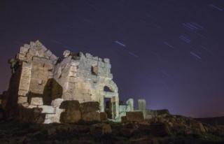 Zerzevan Kalesi yıl boyu objektiflere yansıyacak