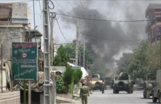 Afganistan'da Taliban askeri üsse saldırdı:...