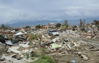 Endonezya'daki depremde ölü sayısı 2 bin...