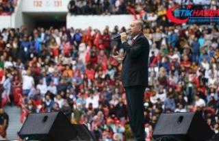 Erdoğan: Etnik ayrımcılık yapan karşısında...
