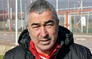 Genç futbolcular Samet Aybaba'ya mesaj verdiler