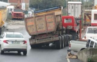 Hafriyat kamyonunun korkutan yolculuğu kamerada