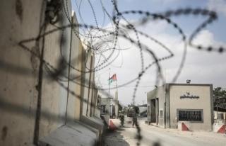 İsrail'den Gazze'ye yakıt geçişi için...