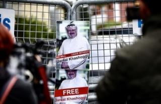 Suudi Arabistan Başkonsolosluğu önünde bekleyiş...