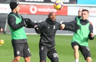 Beşiktaş U21 takımından 7 oyuncu A takım antrenmanında...