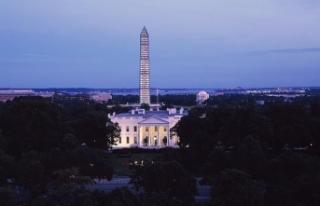 Beyaz Saray CNN muhabirinin basın kartını askıya...