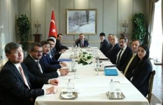 Cumhurbaşkanı Yardımcısı Oktay, Türk Konseyi...