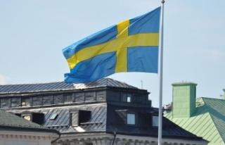 İsveç'ten binlerce FETÖ'cüye oturma ve çalışma...