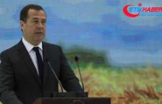 Medvedev: ABD veya İsrail İran'a karşı kanıt...