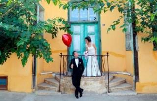 Özensiz çekilen düğün fotoğrafları için 4...