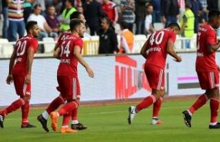 Demir Grup Sivasspor çıkış arıyor