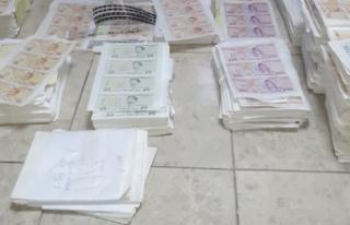 2 milyon liralık sahte banknotları piyasaya süreceklerdi