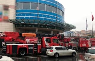 AVM'deki spor salonunda yangın