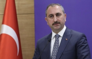 Adalet Bakanı Gül: FETÖ'nün terör örgütü...