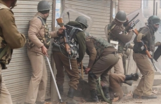 Cammu Keşmir'deki çatışmalarda 6 direnişçi...