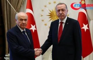 Cumhurbaşkanı Erdoğan ile MHP Lideri Bahçeli bir...