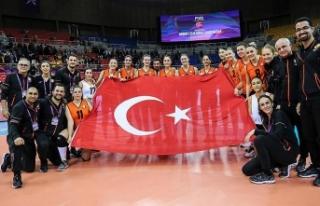 Eczacıbaşı VitrA Kadın Voleybol Takımı dünya...