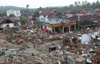 Endonezya'da şiddetli yağmurlar çalışmaları...