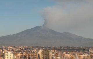 Etna Yanardağı'nın çevresindeki depremlerde...