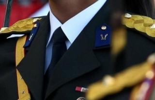 FETÖ'den gözaltına alınan 25 asker etkin...