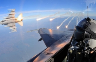 Irak'ın kuzeyinde saldırı hazırlığındaki...