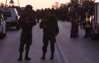 İsrail ordusu Batı Şeria'da 2'si milletvekili...