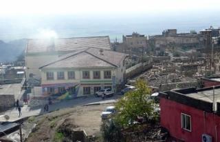 Mardin'in 'mezarlık manzaralı' okulu