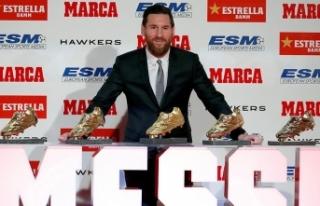Messi 'Altın Ayakkabı' ödülünü aldı