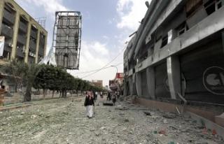 Milyonlarca Yemenli Hudeyde anlaşmasının uygulanmasını...