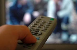 'Üç saat üzeri televizyon obezite sıklığını...
