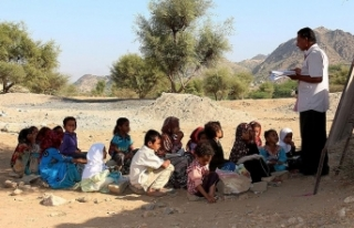 Yemen'in Hudeyde şehrinde 60 binden fazla çocuk...