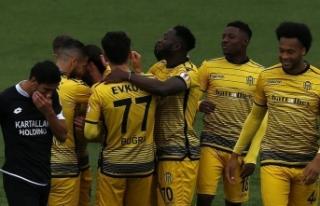 "Yeni Malatyaspor'da ilk yarı ""rüya""..."