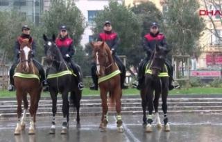 Yılbaşında İstanbul genelinde 39 bin polis görev...