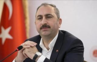 Adalet Bakanı Gül: Gülen'in iadesi için tüm...