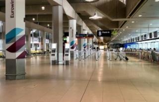 Almanya'da havalimanı güvenlikçilerinden uyarı...