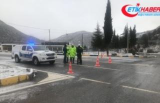 Antalya-Konya kara yolu ulaşıma kapandı