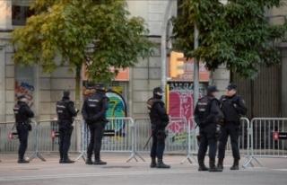 Ayrılıkçı iki Katalan belediye başkanı gözaltına...