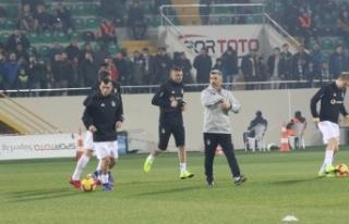 Beşiktaş taraftarı Burak'ı tribüne çağırmadı