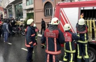 Beyoğlu'nda otelde yangın