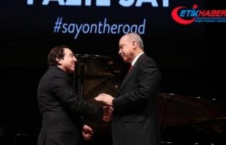 Cumhurbaşkanı Erdoğan, ünlü besteci ve piyanist...