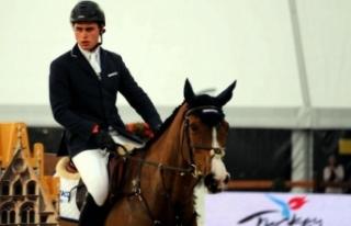 Derin Demirsoy'dan İspanya'da birincilik
