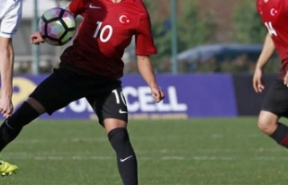 Futbolda gençler Ege Kupası'nda buluşuyor