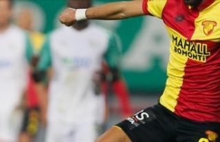 Göztepe'de biri futbolcu 3 kişinin Kovid-19...
