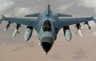 ABD F-16'sı Japonya'da eğitim bombası...