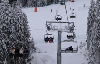 Ilgaz Dağı Kayak Merkezi'nde yoğunluk