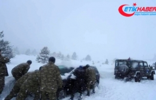 İmdatlarına Türk askeri yetişti